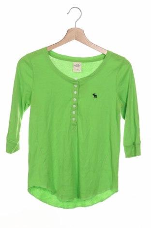 Детска блуза Abercrombie & Fitch, Размер 12-13y/ 158-164 см, Цвят Зелен, 60% памук, 40% полиестер, Цена 26,46лв.