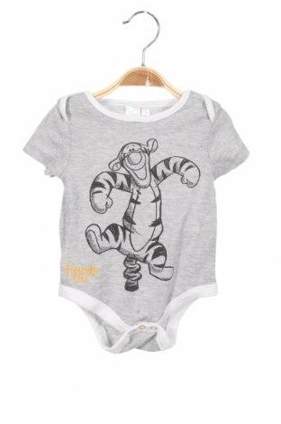 Детско боди Disney, Размер 6-9m/ 68-74 см, Цвят Сив, 65% полиестер, 35% памук, Цена 13,00лв.