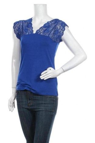 Дамска блуза Culture, Размер M, Цвят Син, 95% вискоза, 5% еластан, Цена 38,35лв.