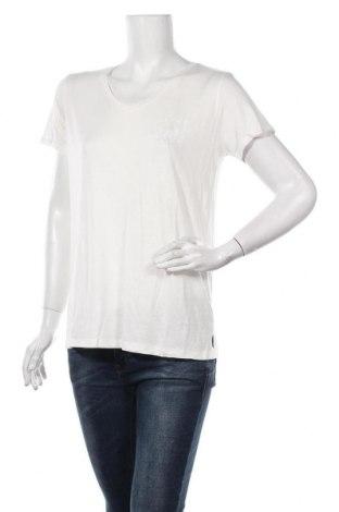 Дамска блуза Culture, Размер M, Цвят Бял, 94% вискоза, 6% еластан, Цена 38,35лв.