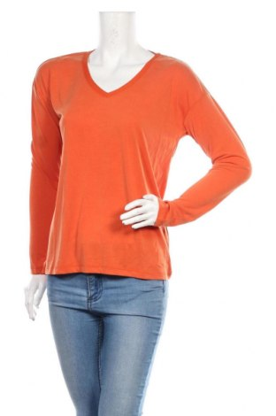 Дамска блуза Soaked In Luxury, Размер M, Цвят Оранжев, 70% модал, 30% полиестер, Цена 17,15лв.