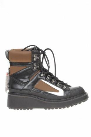 Dámské boty  Zara, Velikost 41, Barva Vícebarevné, Pravá kůže, textile , polyurethane, Cena  1007,00Kč