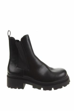 Дамски боти Zara, Размер 39, Цвят Черен, Еко кожа, Цена 74,25лв.