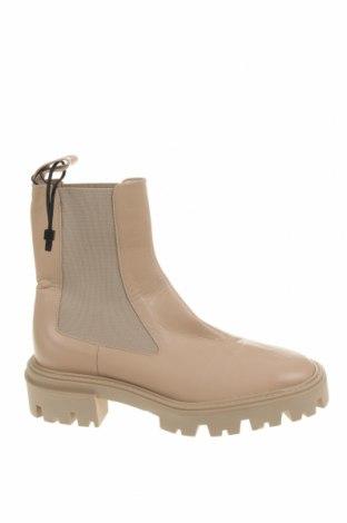 Дамски боти Zara, Размер 37, Цвят Бежов, Естествена кожа, Цена 134,25лв.
