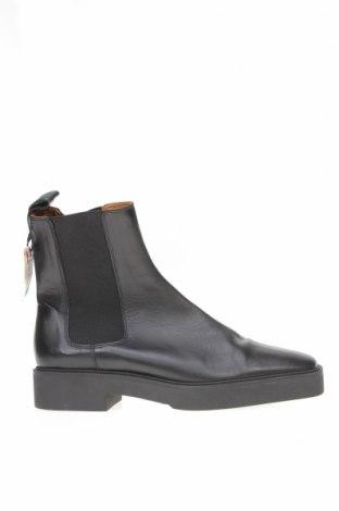 Дамски боти Zara, Размер 41, Цвят Черен, Естествена кожа, Цена 39,75лв.