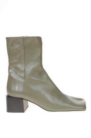 Γυναικεία μποτάκια Zara, Μέγεθος 39, Χρώμα Πράσινο, Γνήσιο δέρμα, Τιμή 81,96€