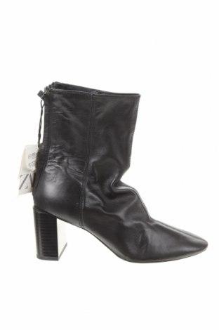 Botine de damă Zara, Mărime 36, Culoare Negru, Piele naturală, Preț 130,76 Lei