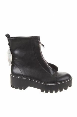 Γυναικεία μποτάκια Zara, Μέγεθος 40, Χρώμα Μαύρο, Δερματίνη, Τιμή 44,33€