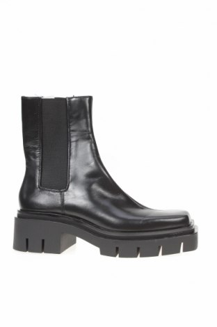 Дамски боти Zara, Размер 37, Цвят Черен, Естествена кожа, текстил, Цена 119,25лв.