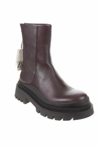 Γυναικείες μπότες Zara, Μέγεθος 36, Χρώμα Βιολετί, Γνήσιο δέρμα, Τιμή 69,20€