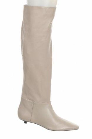 Дамски ботуши Zara, Размер 37, Цвят Бежов, Естествена кожа, Цена 149,25лв.