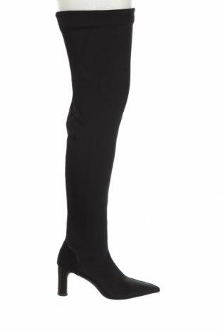 Дамски ботуши Zara, Размер 37, Цвят Черен, Текстил, Цена 74,25лв.