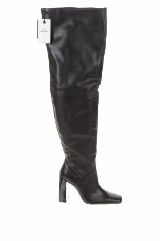 Дамски ботуши Zara, Размер 39, Цвят Черен, Естествена кожа, Цена 126,75лв.