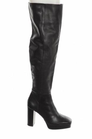 Дамски ботуши Zara, Размер 41, Цвят Черен, Естествена кожа, Цена 126,75лв.