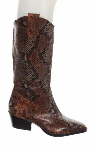 Дамски ботуши Zara, Размер 36, Цвят Кафяв, Естествена кожа, Цена 141,75лв.