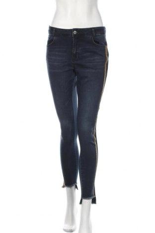 Дамски дънки Denim Hunter, Размер S, Цвят Син, 90% памук, 8% полиестер, 2% еластан, Цена 52,08лв.