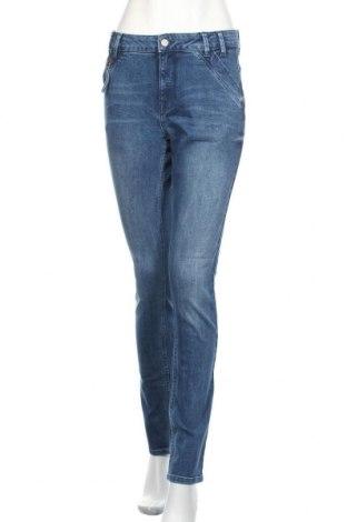 Дамски дънки Denim Hunter, Размер M, Цвят Син, 98% памук, 2% еластан, Цена 66,75лв.