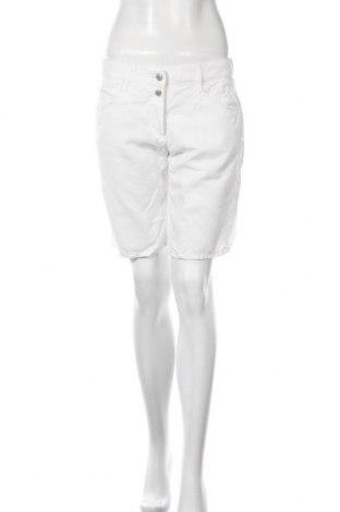 Дамски къс панталон Brax, Размер M, Цвят Бял, Лиосел, Цена 69,00лв.