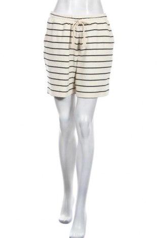 Дамски къс панталон Cream, Размер M, Цвят Екрю, Цена 28,12лв.