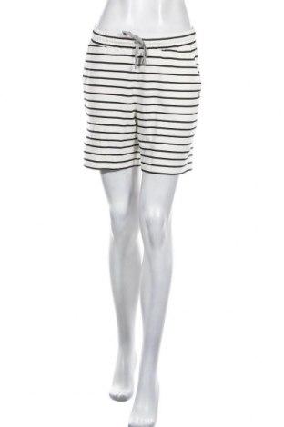 Дамски къс панталон Culture, Размер M, Цвят Бял, 95% вискоза, 5% еластан, Цена 17,48лв.
