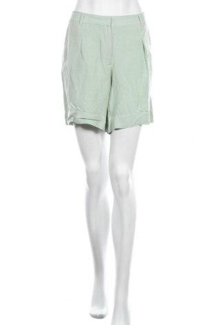 Дамски къс панталон Culture, Размер M, Цвят Зелен, 55% вискоза, 45% лен, Цена 11,20лв.