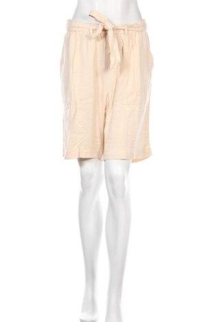 Дамски къс панталон Kaffe, Размер M, Цвят Бежов, Вискоза, Цена 26,22лв.
