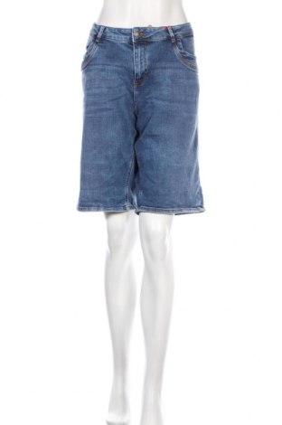 Дамски къс панталон S.Oliver, Размер XL, Цвят Син, 98% памук, 2% еластан, Цена 26,22лв.