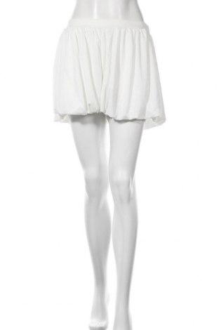 Дамски къс панталон Zara, Размер L, Цвят Бял, Полиестер, Цена 31,50лв.