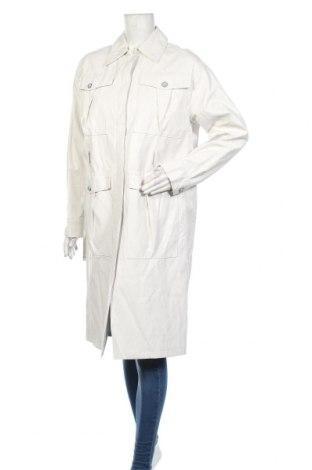 Дамски кожен шлифер Pinko, Размер S, Цвят Бял, Еко кожа, Цена 175,77лв.