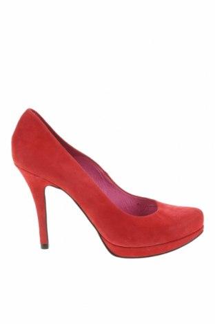 Дамски обувки Buffalo, Размер 39, Цвят Червен, Естествен велур, Цена 34,08лв.