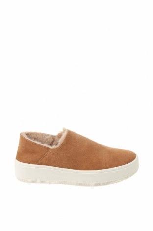 Дамски обувки Oysho, Размер 35, Цвят Кафяв, Естествен велур, Цена 59,95лв.