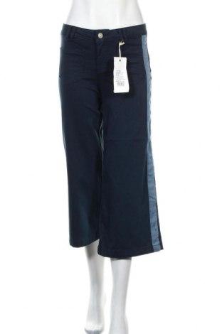 Pantaloni de femei Cream, Mărime S, Culoare Albastru, 45% bumbac, 43% lyocell, 10% poliester, 2% elastan, Preț 424,34 Lei