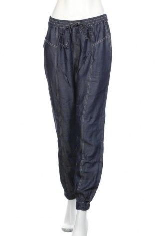 Pantaloni de femei Kaffe, Mărime M, Culoare Albastru, Bumbac, Preț 358,55 Lei