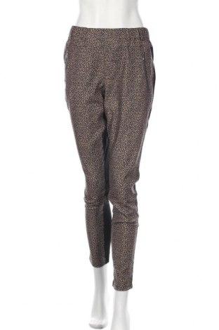 Pantaloni de femei Kaffe, Mărime M, Culoare Bej, 95% poliester, 5% elastan, Preț 358,55 Lei