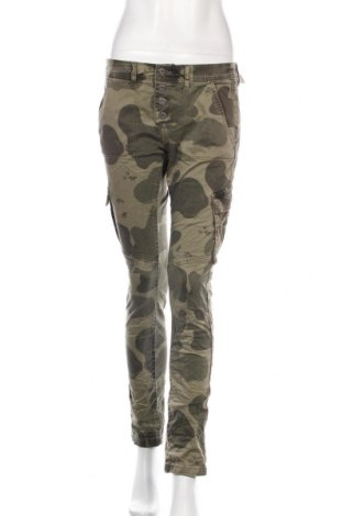 Pantaloni de femei Q/S by S.Oliver, Mărime S, Culoare Verde, 98% bumbac, 2% elastan, Preț 244,25 Lei