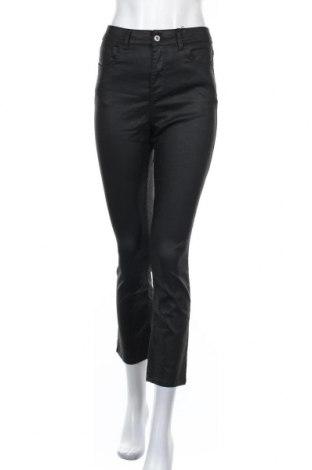 Дамски панталон Zara, Размер M, Цвят Черен, 68% памук, 29% полиестер, 3% еластан, Цена 37,95лв.