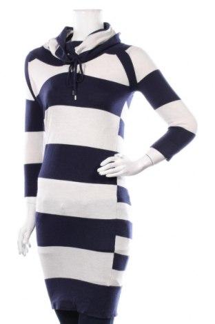 Дамски пуловер Karen Millen, Размер S, Цвят Син, 46% вълна, 32% лиосел, 19% полиамид, 3% еластан, Цена 51,45лв.