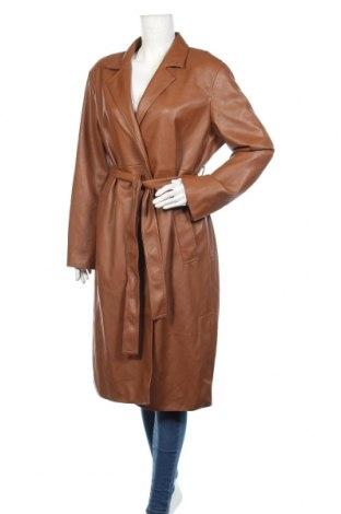 Дамско кожено палто Zara, Размер XL, Цвят Кафяв, Еко кожа, Цена 96,75лв.