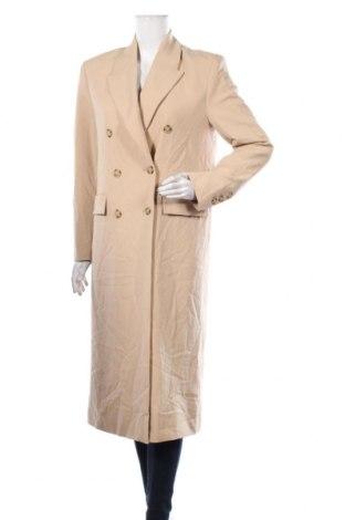 Дамско палто Zara, Размер S, Цвят Бежов, Полиестер, Цена 81,75лв.