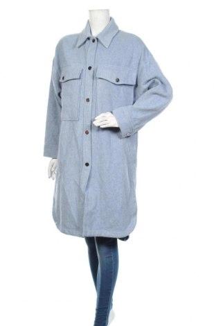 Дамско палто Zara, Размер S, Цвят Син, 67% вълна, 18% полиестер, 10% полиамид, 5% други тъкани, Цена 111,75лв.