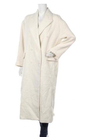 Дамско палто Zara, Размер M, Цвят Бял, 47% вълна, 33% акрил, 19% полиестер, 1% други тъкани, Цена 141,75лв.