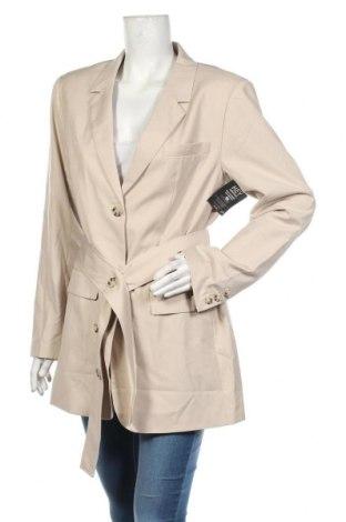 Дамско сако Nly Trend, Размер M, Цвят Бежов, 70% полиестер, 30% вискоза, Цена 54,18лв.