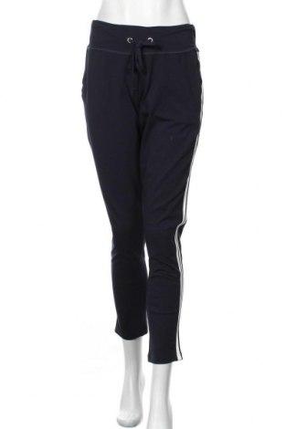 Pantaloni trening de femei Kaffe, Mărime M, Culoare Albastru, 95% bumbac, 5% elastan, Preț 125,89 Lei