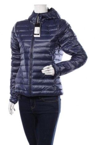 Дамско спортно яке Adidas, Размер M, Цвят Син, Полиестер, пух и пера, Цена 171,75лв.