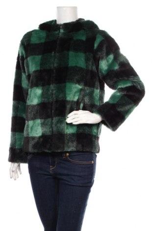 Дамско яке Guess, Размер S, Цвят Зелен, 53% акрил, 47% полиестер, Цена 276,75лв.