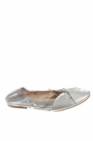 Детски обувки Zara, Размер 34, Цвят Сребрист, Еко кожа, Цена 7,58лв.