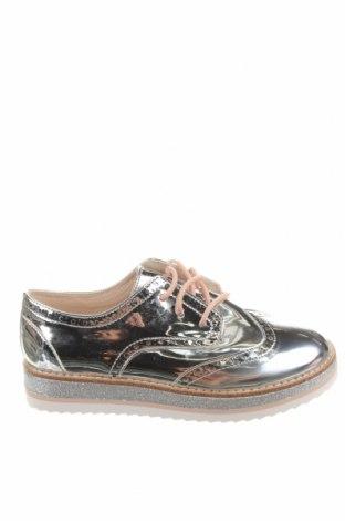 Детски обувки Zara, Размер 35, Цвят Сребрист, Еко кожа, Цена 44,25лв.