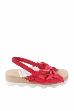 Детски сандали Zara, Размер 29, Цвят Червен, Текстил, Цена 12,48лв.