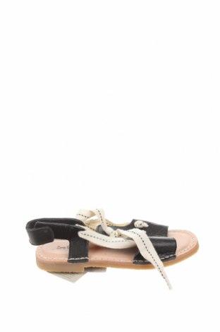 Детски сандали Zara, Размер 28, Цвят Черен, Естествена кожа, Цена 19,75лв.