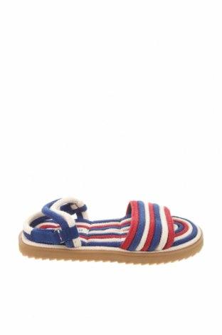 Детски сандали Zara, Размер 32, Цвят Многоцветен, Текстил, Цена 36,75лв.